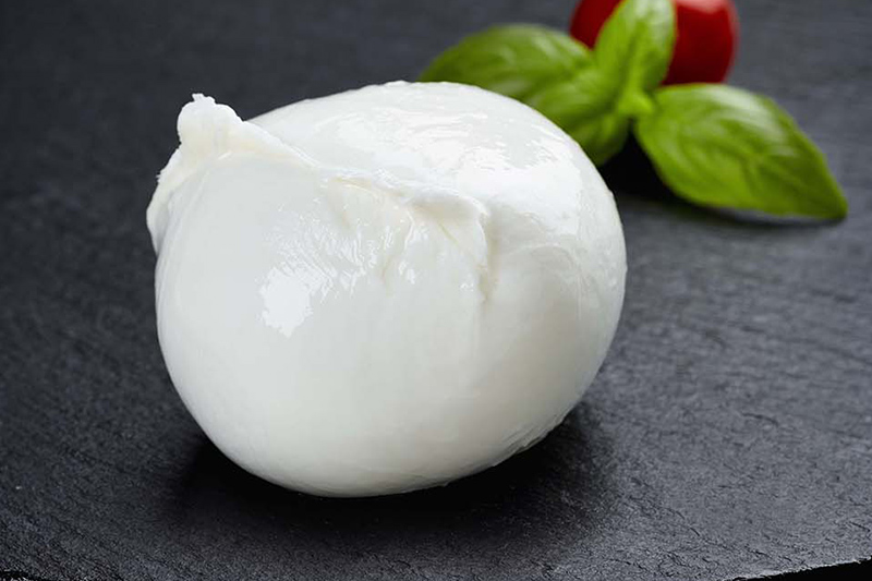 history of mozzarella